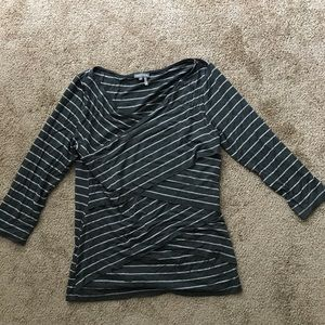 Gray and white long sleeve shirt